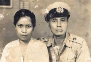 Willy Radius na de oorlog, met zijn echtgenote Halimah
