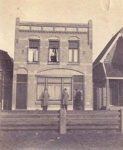Kosthuis De Wijn, Den Burg