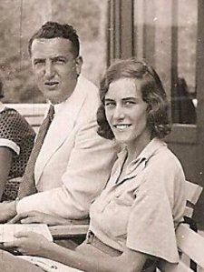 Mijn opa en oma: J.J. de Knoop en J. Velthuizen Weil