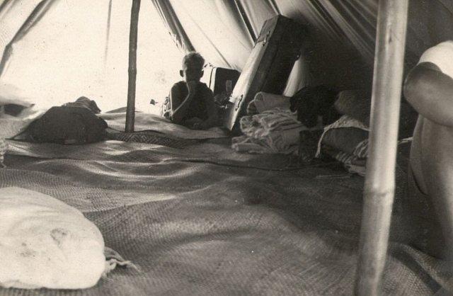 VCJB: Interieur tent (1939)
