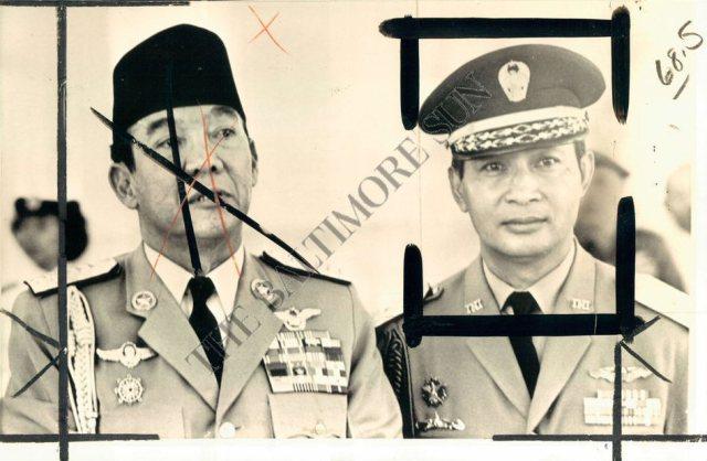 Sukarno maakt plaats voor Suharto. Foto, gebruikt in Amerikaans dagblad.