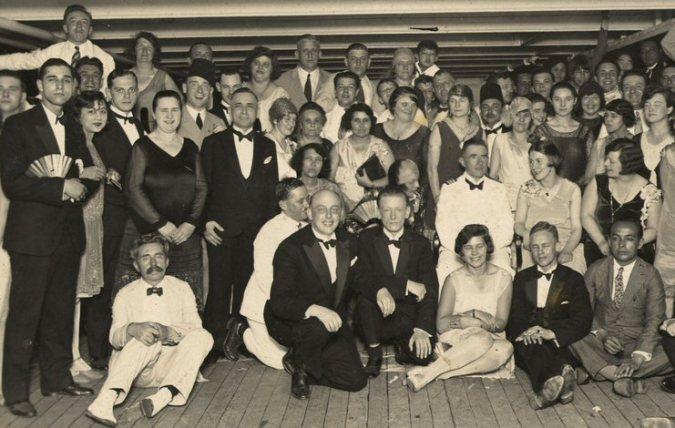 Vane (linksonder) a/b van de JP Coen