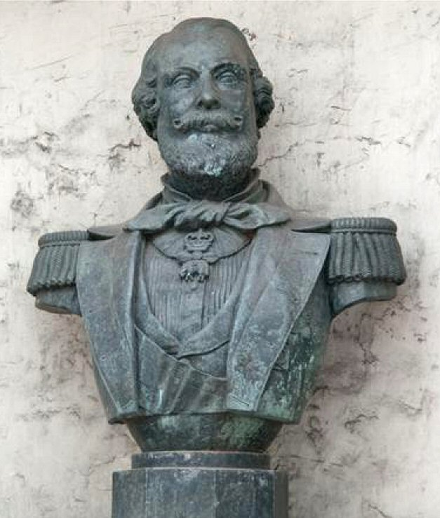 Borstbeeld Koning Willem III, geplaatst in een nis van textielfabriek Ten Cate Nijverdal, ter ere van een bezoek van de koning aan deze fabriek in 1862.