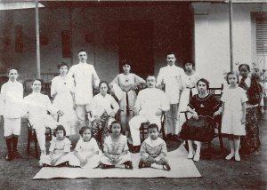 De familie Tax-Mehlbaum, grootouders van de schrijfster