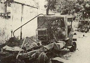Eén van de uitgebrande trucks van het Goebengtransport