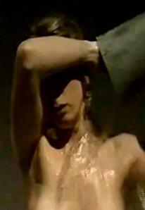 Pleuni Touw, bespuwd met sirih in De Stille Kracht van Couperus (1974)