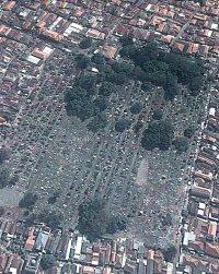 Begraafplaats Peneleh, Surabaya (Google Earth, 2013)