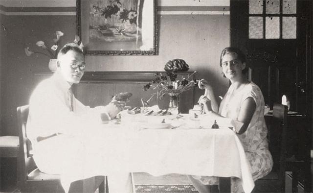 Tan Sin Hok en Eida Tan-Schepers,  Bandoeng 1929.