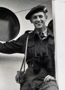 Thomas Ernste, a/b van de Tabinta, onderweg naar Nieuw-Guinea (1950)