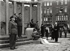 Bijzetting Indonesische urn, 1950