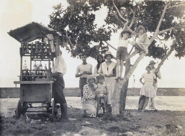 De familie Persijn in Tandjoeng Priok, ca 1933