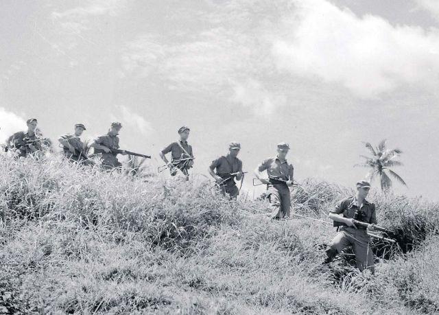 Militaire oefening op Java,1946 (Foto Willem van de Pol)