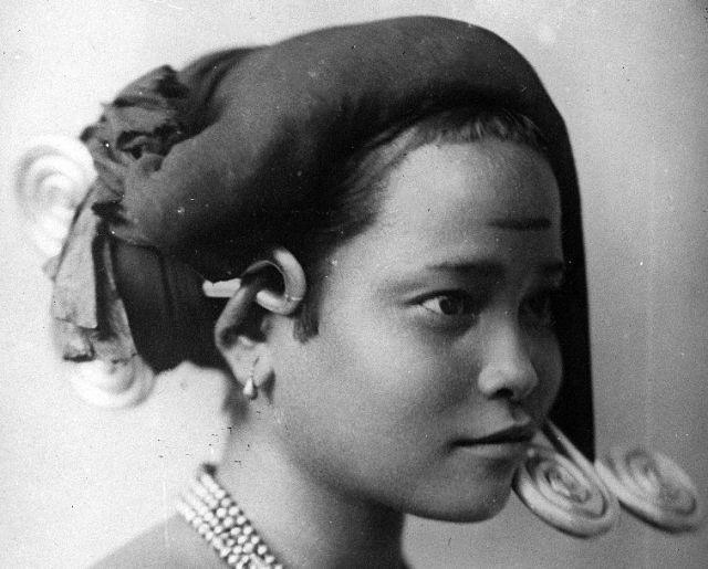 Jonge Karo-vrouw (foto: Schmid)
