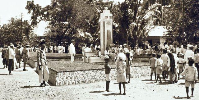 'Een monument te Benkoelen'