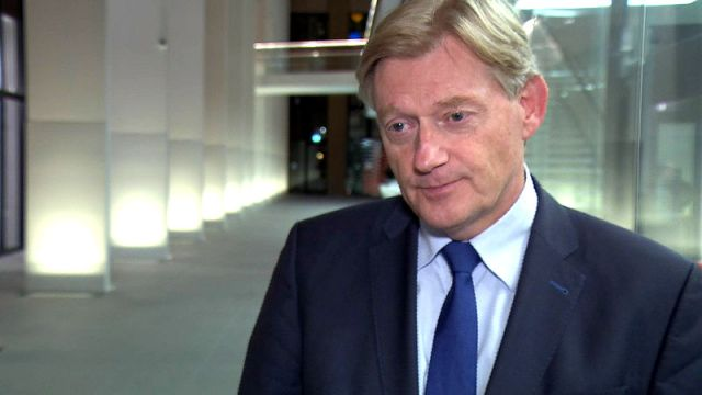 """Van Rijn licht toe: """"Morele verplichting weegt zwaarder dan juridische"""""""