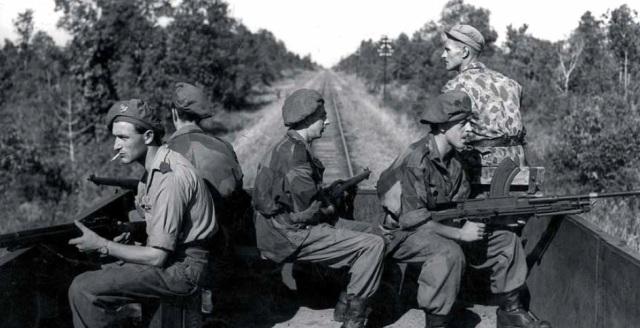 soldaten in trein