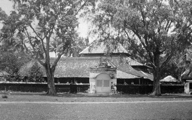 De moskee van Cheribon, ca. 1915.