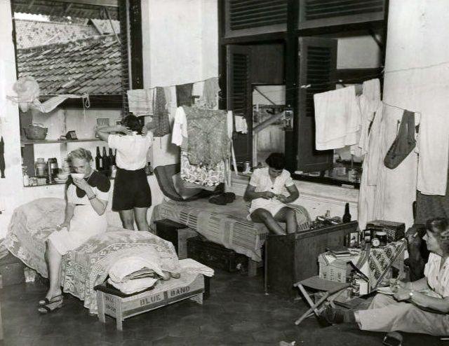 Tjideng kamp, 1942