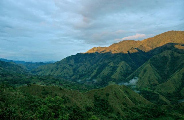 Gunung Nona