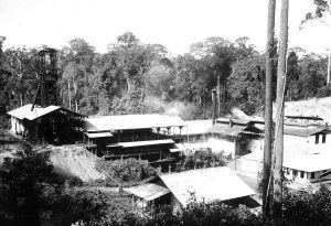 Vooroorlogse kolenwinnning in Teloek Bajoer
