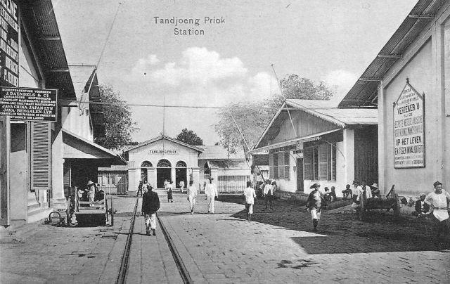 Batavia, station Tandjoeng Priok