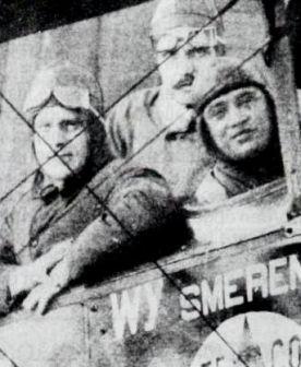 Kort voor het vertrek: v.l.n.r. Van Huut, Gerritsen en Hussni.