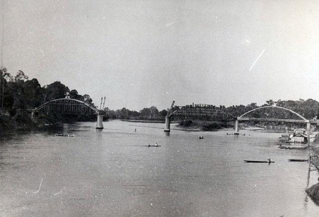Sarolangoen, brug in aanbouw, 1938