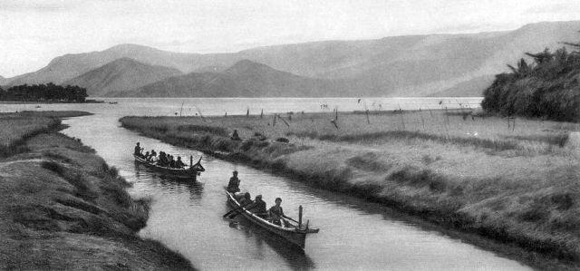 Het kanaal, kort na de opening