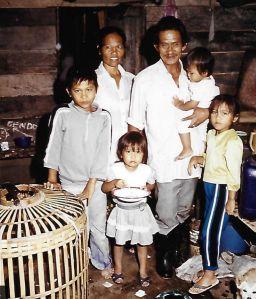 Butar met zijn gezin
