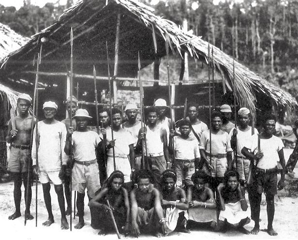 Papoea-vrijwilligers op Biak